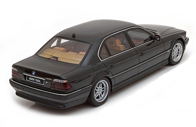 Коллекционная модель BMW 750 iL 1999