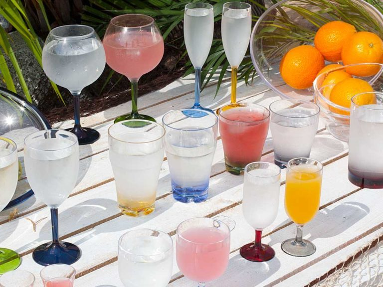 STACKABLE WATER/WINE GLASS -COLOURS BASE, PARTY