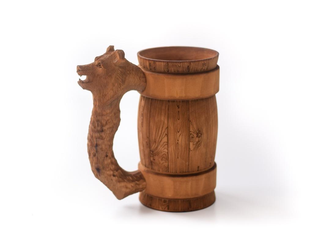 Кружка деревянная пивная с резной ручкой «Медведь» 0,5 л кружка из бересты пивная медведь