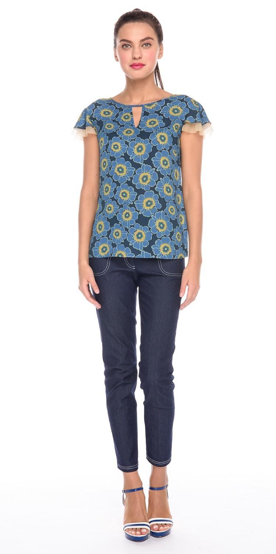 Блуза Г588-339 - Легкая блузка из 100% вискозы с цветочным принтом. Оригинальная отделка рукавов создает легкий и романтичный образ, уместный как на работе, так и на отдыхе. Блузка отлично сидит по фигуре, подчеркивает достоинства и скрывая недостатки.