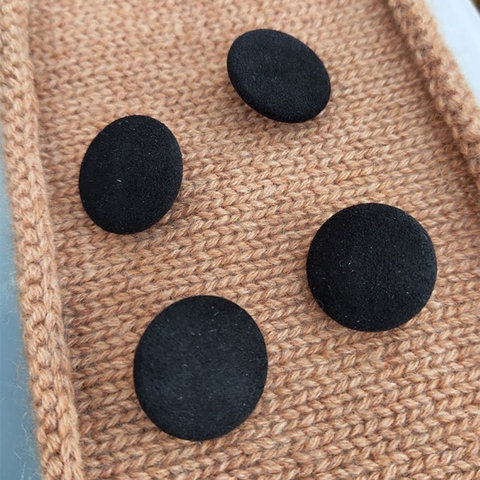Пуговица сток Max Mara текстиль 23 мм черный