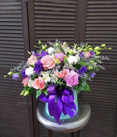 Цветы в шляпной коробке #756