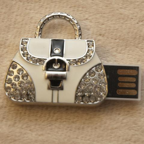 Usb-флешка в форме сумочки со стразами черного цвета jf_p_bag_black