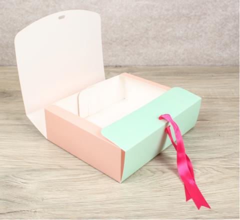 Пирожные Макарон в подарочной упаковке (8шт)