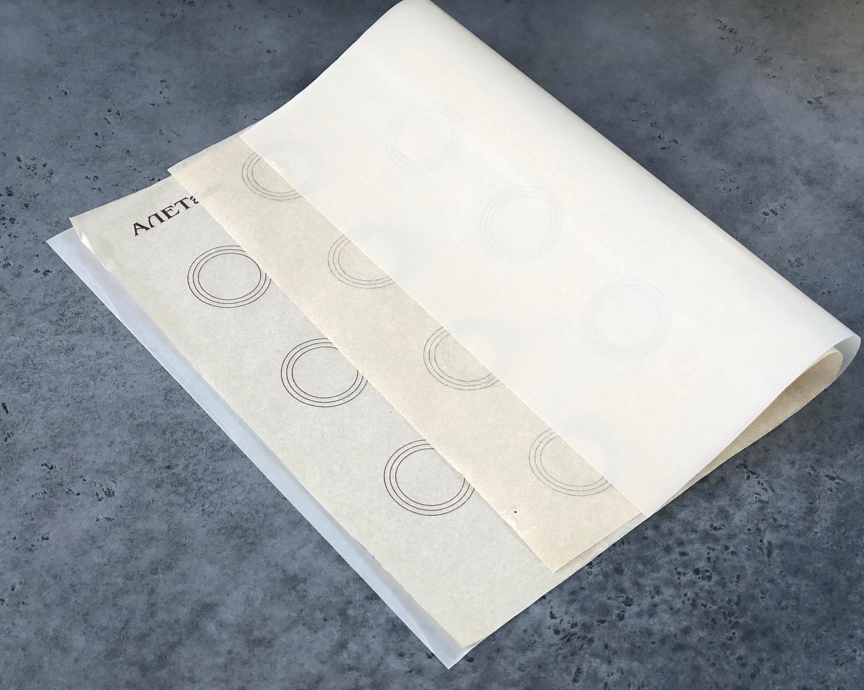 Тефлоновый коврик  для макаронс с трафаретом, 30х40 см