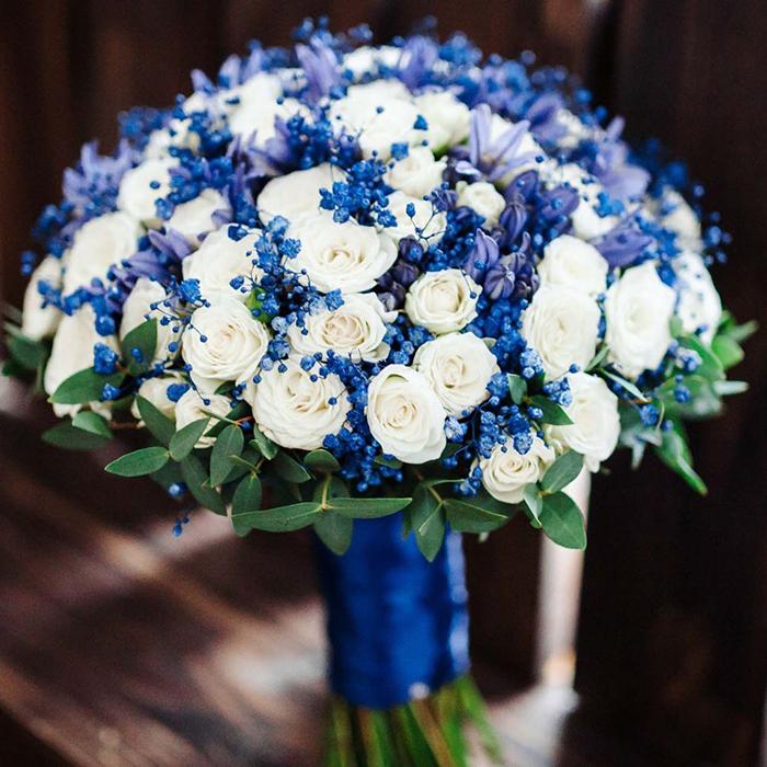 Яркий свадебный букет невесты белый синий Пермь греческий стиль морская тема