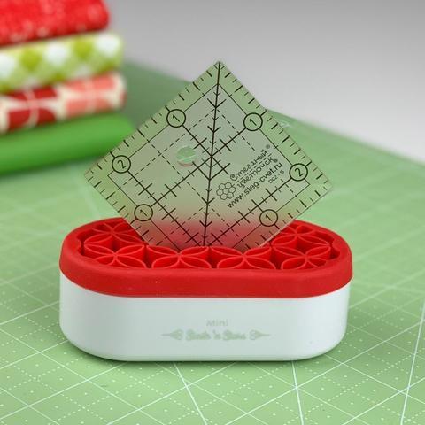 Органайзер для швейных инструментов (красный)