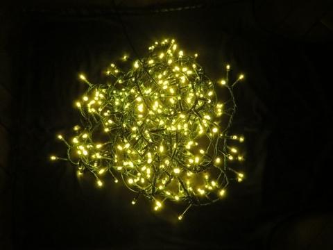 Светодиодная гирлянда Triumph Tree 550 ламп, теплый свет, 8 функций