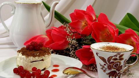 Картина раскраска по номерам 30x40 Завтрак и тюльпаны