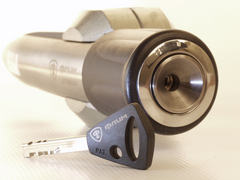 Блокиратор рулевого вала для FIAT GRANDE PUNTO /2005-/ ЭлУР Рулевой вал треуг. ф31 - Гарант Блок Люкс 223.E