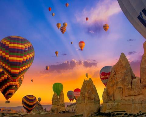 Картина раскраска по номерам 30x40 Город воздушных шаров