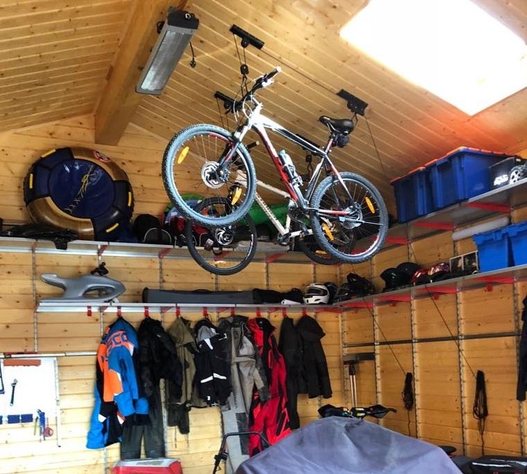 Крепление велосипеда под потолок (подъемный механизм)