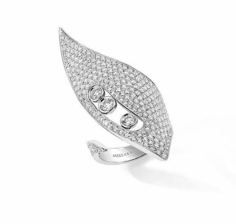 Кольцо Move из серебра с цирконами в форме лепестка