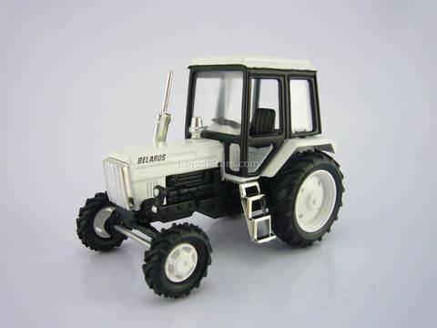 Tractor MTZ-82 Belarus metal white 1:43 Agat Mossar Tantal