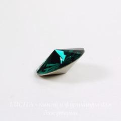 1122 Rivoli Ювелирные стразы Сваровски Emerald (SS29) 6,14-6,32 мм, 5 штук