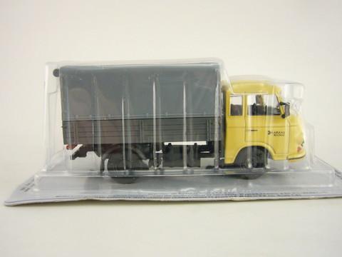 Barkas B1000 HP beige-gray 1:43 DeAgostini Kultowe Auta PRL-u #65