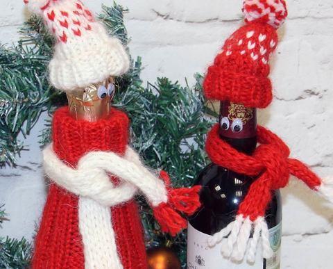 Шапка и шарфик для бутылки (на спицах)