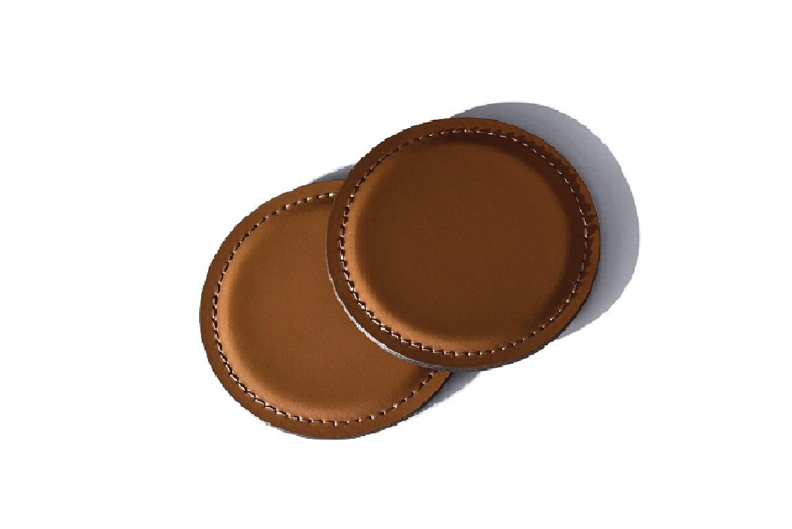 Костер- подставка из кожи цвет орех