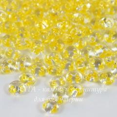 38986 Бисер Preciosa Твин (Twin) 5х2,5 мм Кристалл с желтой перламутровой линией