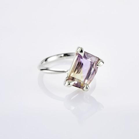 Кольцо с аметрином 16 размер