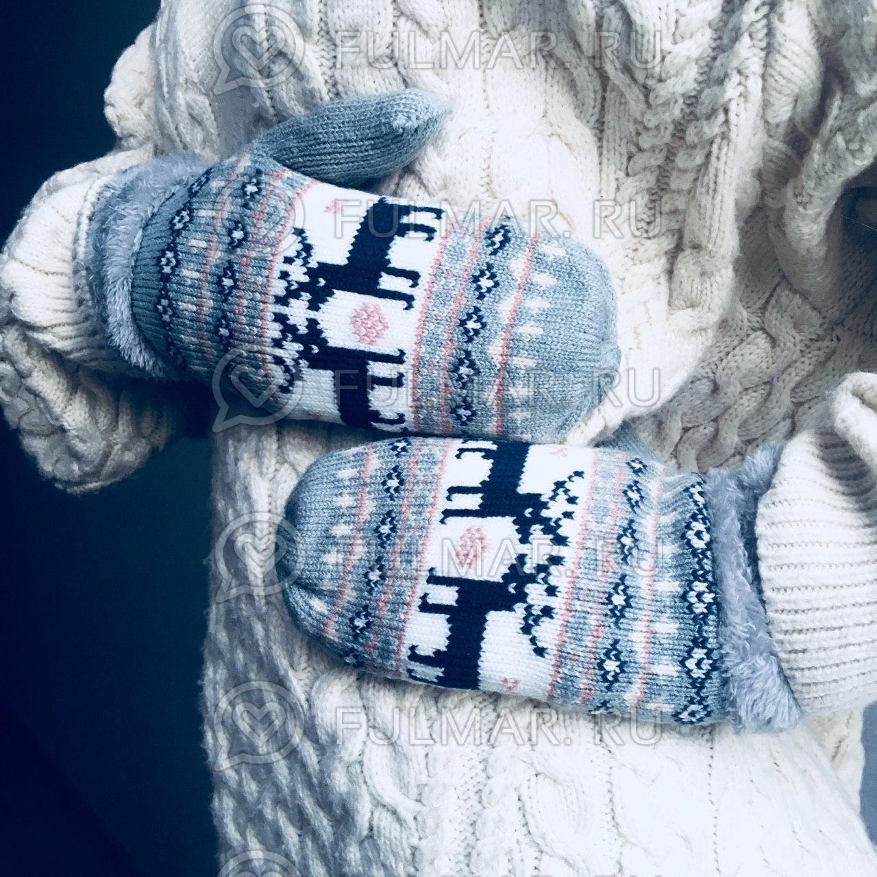 Варежки с оленями шерстяные (Цвет: серый) фото