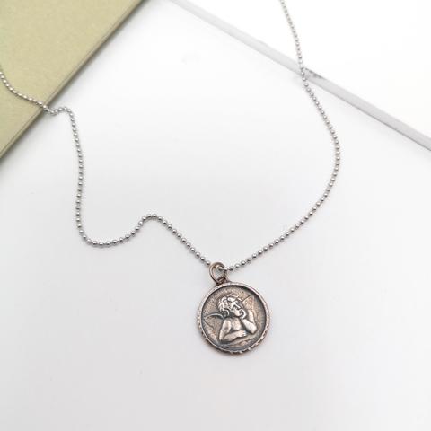 50128- Серебряное колье с подвеской монетка