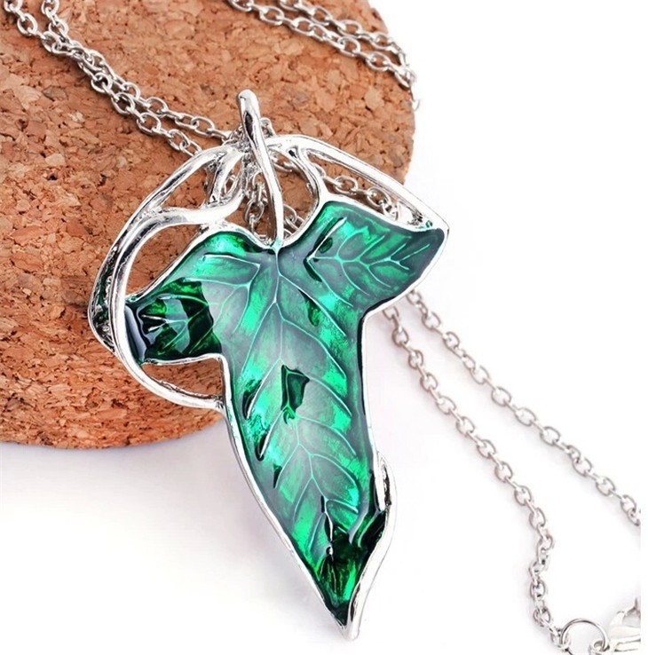 Lord of Rings Pendant Green Leaf