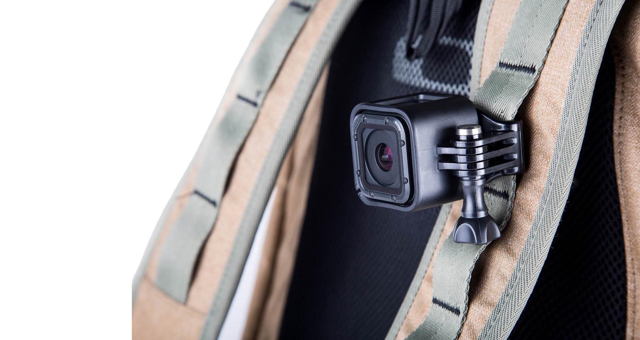 Крепление на голову + клипса на одежду GoPro Headstrap + QuickClip (ACHOM-001) пример использования 2