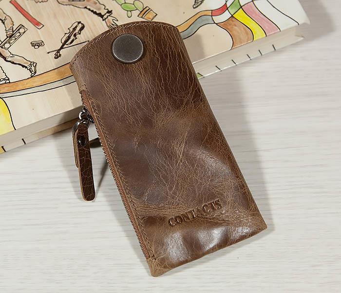 KK101-2 Удобная кожаная ключница с кармашком фото 02