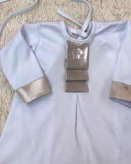 Крестильная рубашка с чепчиком Ангел (золото)