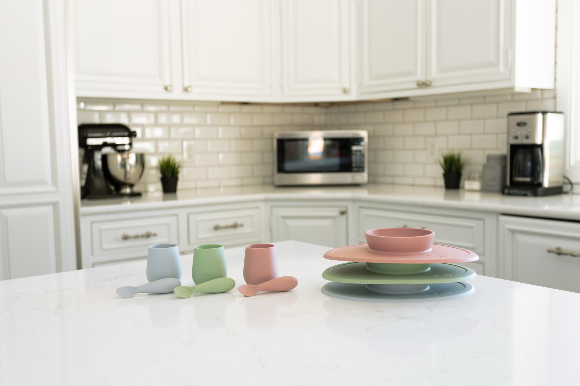 Набор из 4-х предметов цвет светло-серый EZPZ First Food Set