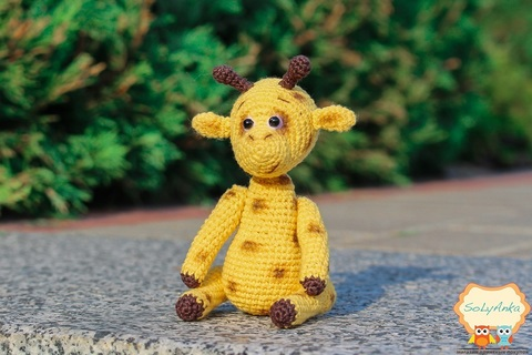 В'язана крихітка - Жираф