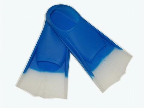 Ласты для плавания в бассейне в полиэтиленовой сумке. Размер 30-32. Материал: силикон. :(2737):