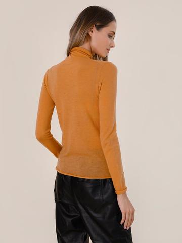 Женский свитер песочного цвета из 100% шерсти - фото 4