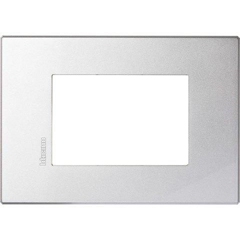 Рамка 1 пост AIR, прямоугольная форма. МОНОХРОМ. Цвет Алюминий. Итальянский стандарт, 3 модуля. Bticino AXOLUTE. HW4803HC