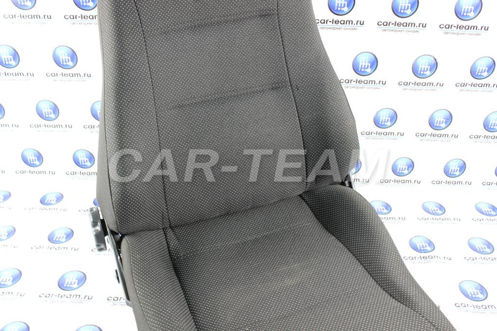Пассажирское переднее сиденье на ВАЗ 2109, 21099, 2114, 2115 в сборе