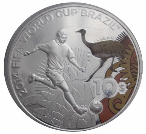 10 долларов Чемпионат мира по футболу Бразилия 2014 Футболист Страус Соломоновы о-ва 2012 г. Proof