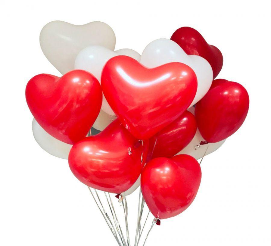 Фотозоны из шаров Букет латексных сердец красно-белых букет_7.jpg