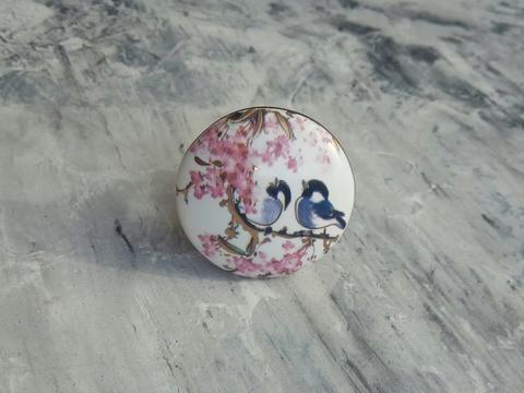 Ручка мебельная керамическая белая с цветочным орнаментом, арт. 00001097
