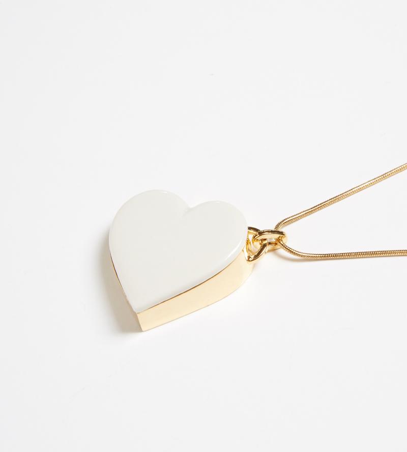 Колье из фарфора Single Heart White от ANDRES GALLARDO
