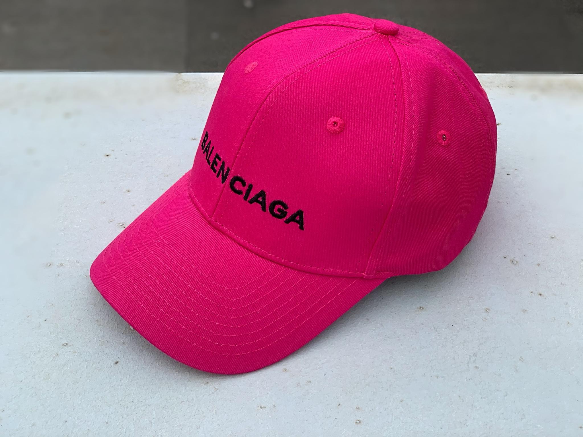 Бейсболка с лейблом, розовый неон