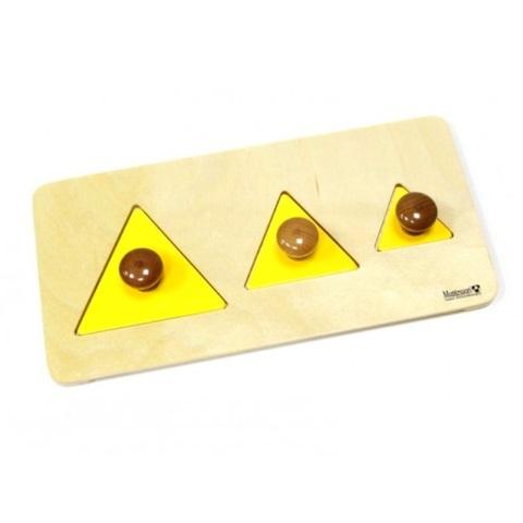 7.11.3 Геометрические пазлы: треугольники на подставке Монтессори-Питер