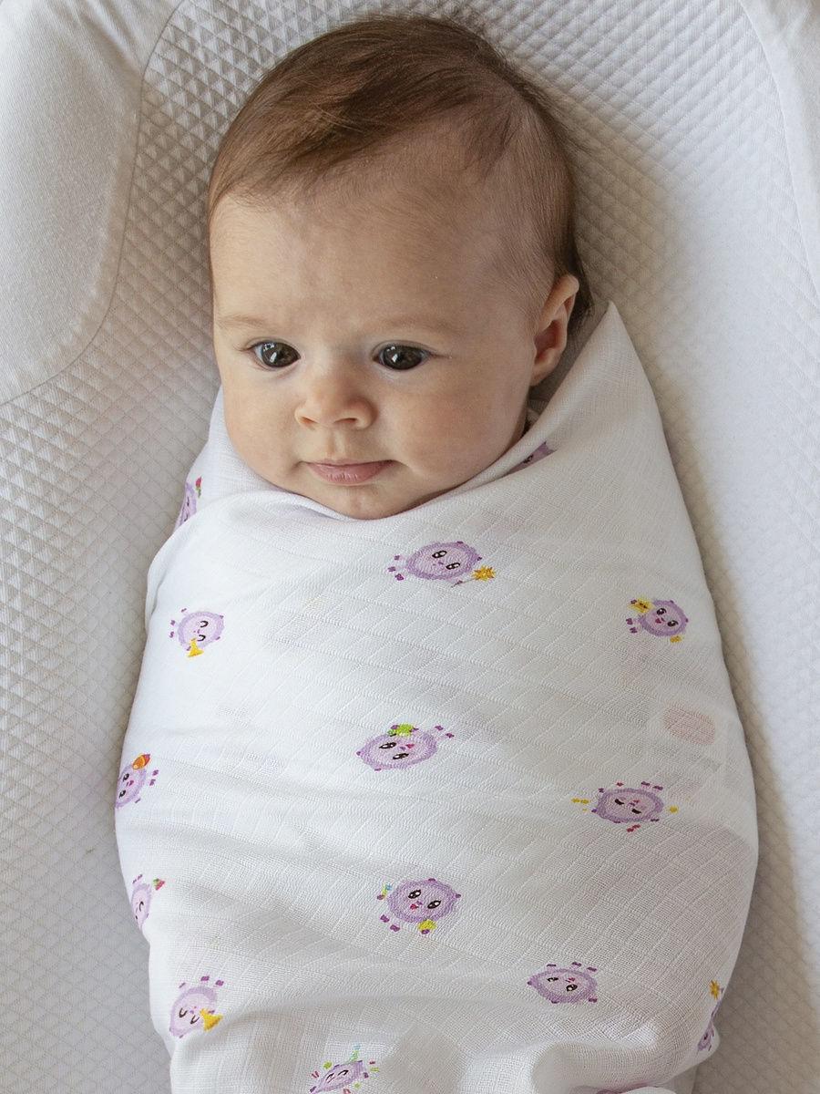 Имиджевое фото малыша в пелёнке Adam Stork Малышарики