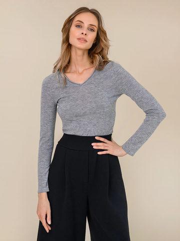 Женский джемпер светло-серого цвета из 100% шерсти - фото 2