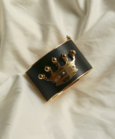 The Crown Cuff