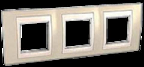 Рамка на 3 поста. Цвет Песчаный/Белый. Schneider electric Unica Хамелеон. MGU6.006.867
