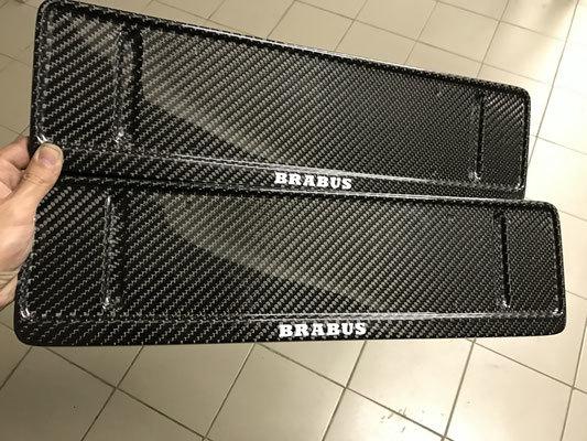 Карбоновые номерные рамки  для Mercedes G-class