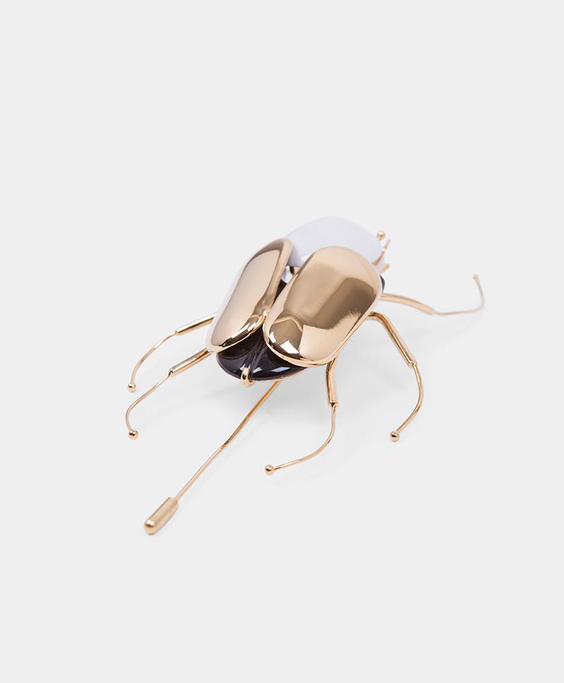 Брошь Giant Beetle