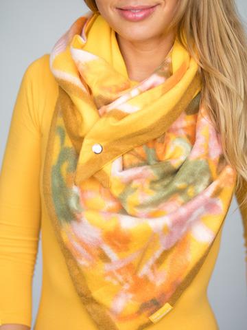 Косынка на клепке полушерстяная с хлопком цветочная желтая с охристо-ягодным и рыжим