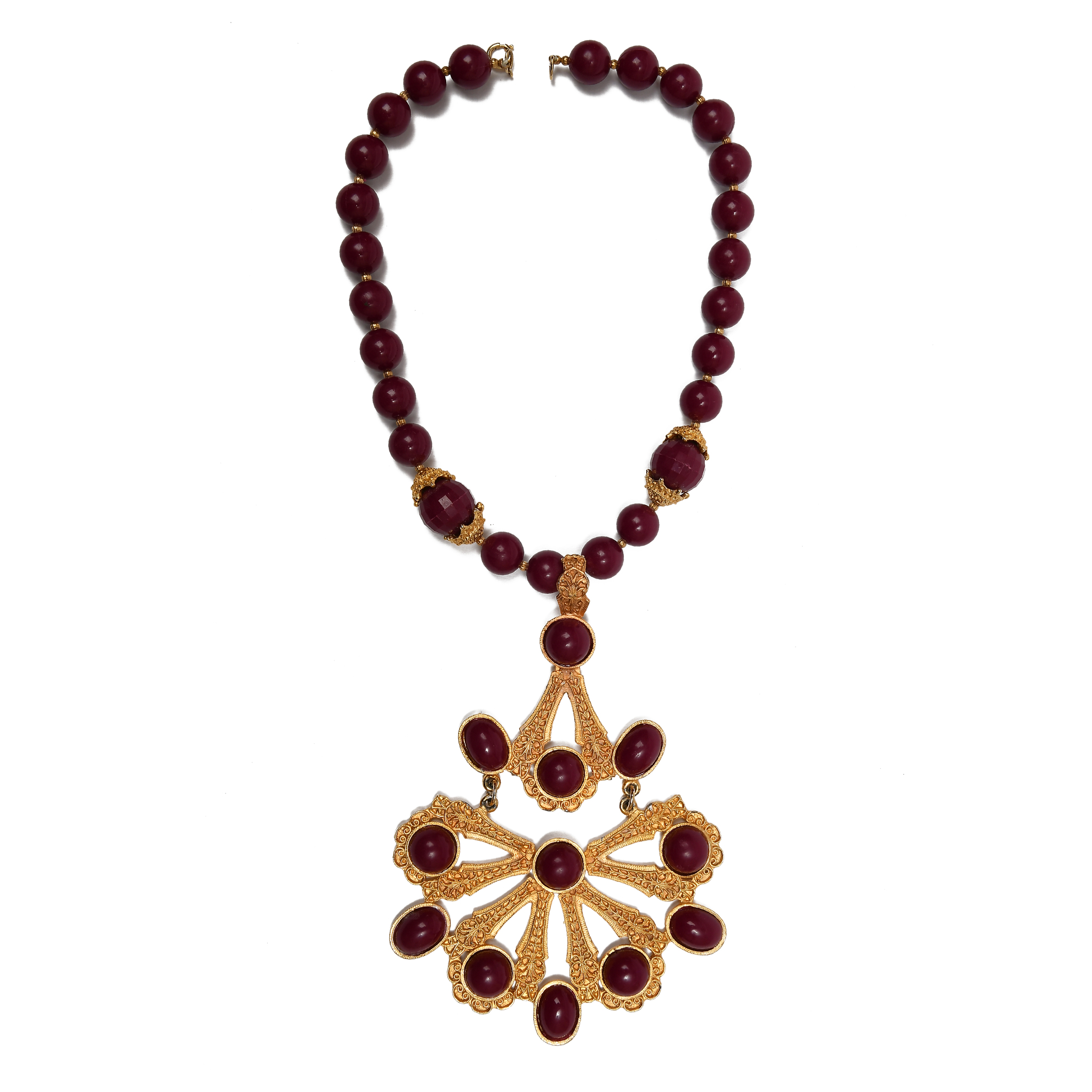 A magnificent necklace by SUL
